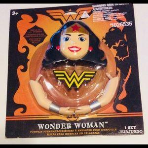 Wonder Woman Pumpkin Push-Ins Halloween